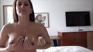 I Hump My Good-looking Stepmom 2 Days In The B & B Square