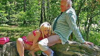 Hot blonde Teena Blond blows ancient cock to get an autograph