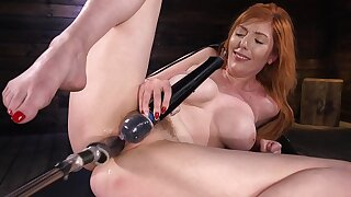 Solo woman uses the fucking machine to suit her dirty porn needs