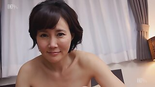 Akasaka Runa Elegant Together with Mature Pussy